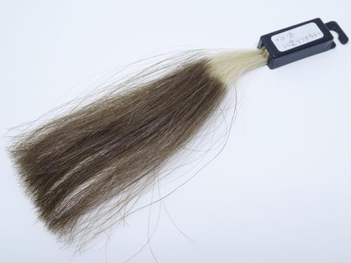 ブローネ らく塗り艶カラー 白髪100 シャンプー10回後